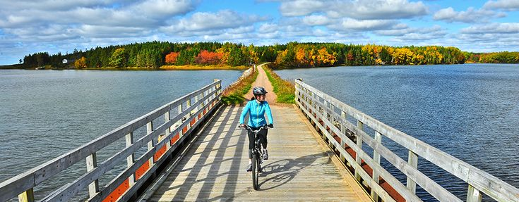 Canada Nears Opening 22,000 km Car-Free Bike Path Across The Country.   LEARN MORE: http://buff.ly/2qr8vXi.   #cycling #bikepath #TheGreatTrail, #bicycle #adventure #Canada #Canada150