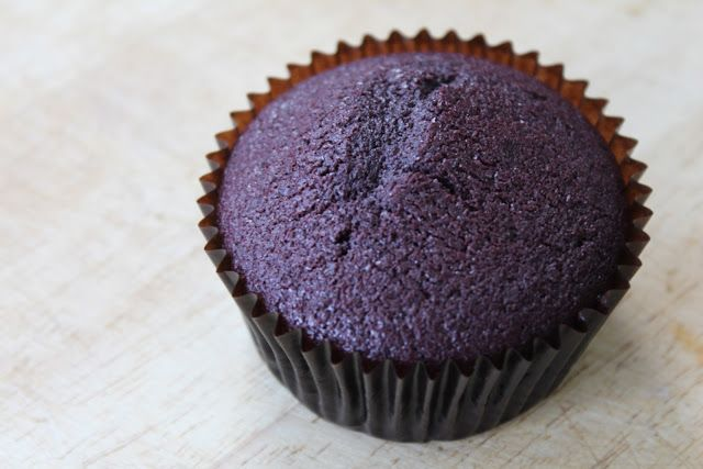 Purple Velvet Cupcakes, photos and recipe by Mariah Chua
