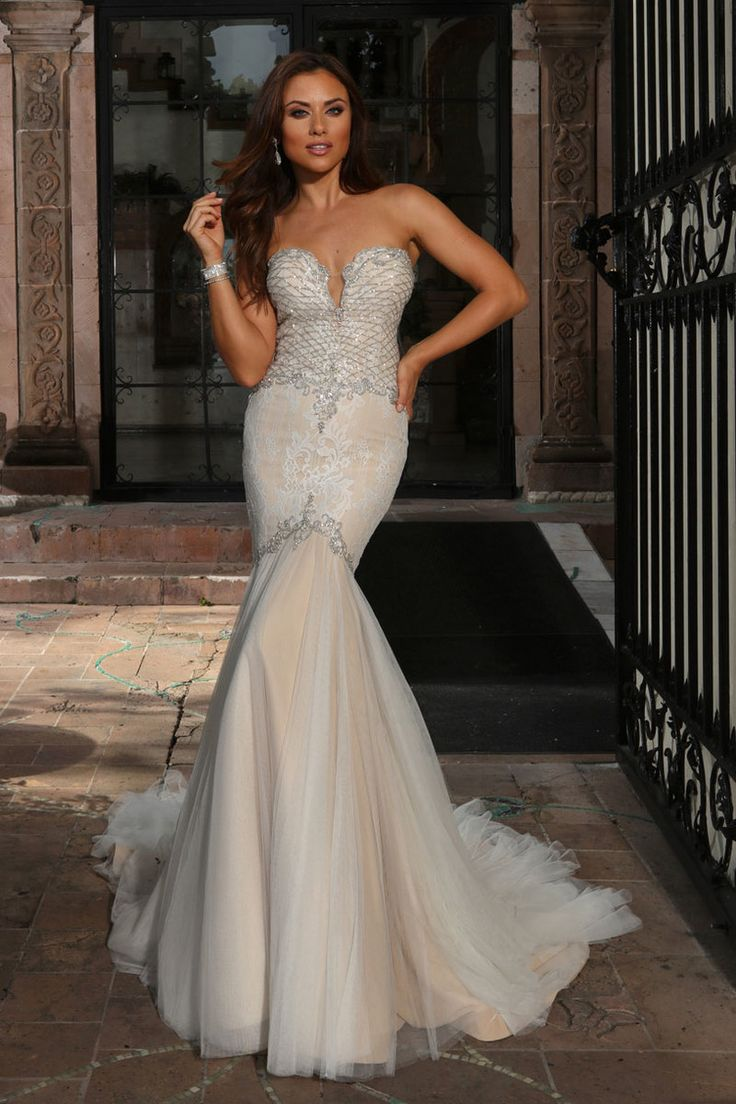 Cristiano Lucci Wedding Dress Iris