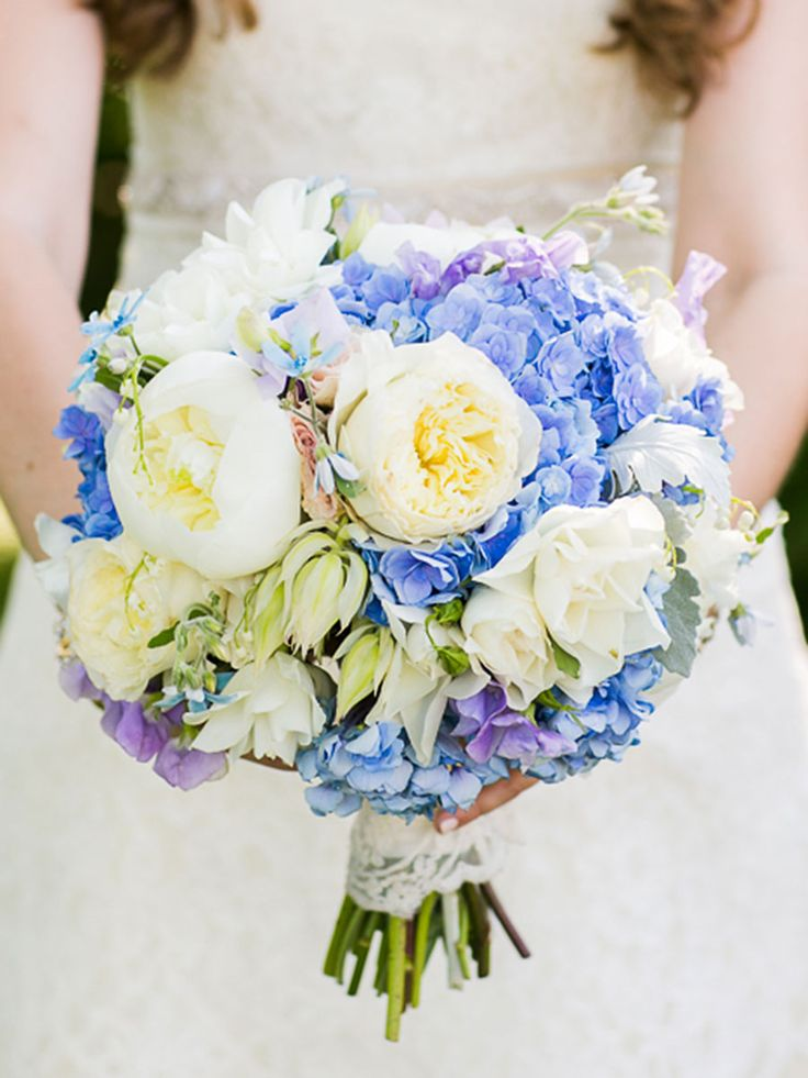 Hydrangea pair nicely with peonies, roses and irises to creates fresh and colorful wedding-day bouquet full of classic romance.