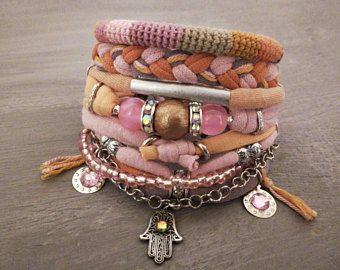 Perzik roze Boheemse armband, Boho Armband Set, Pastel gelaagdheid armbanden, Gypsy armband, Hippie juwelen, Hamsa bedelarmband