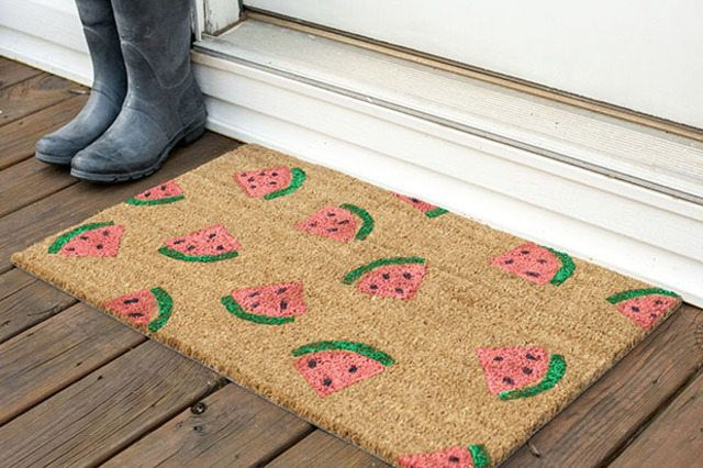 How to make a DIY Stamped Watermelon Doormat