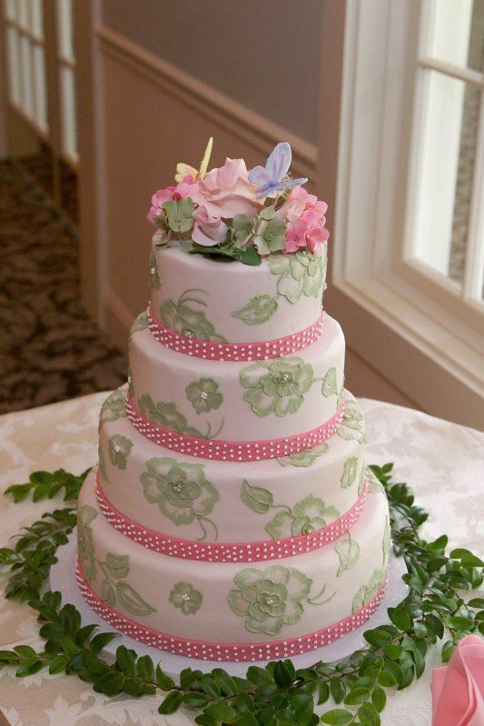 Green and Pink- Wedding Cakes by Dianne Rockwell