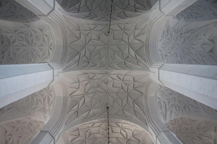 GOTYK: Kościół Mariacki w Gdańsku - sklepienia korpusu nawowego, koniec XV w.