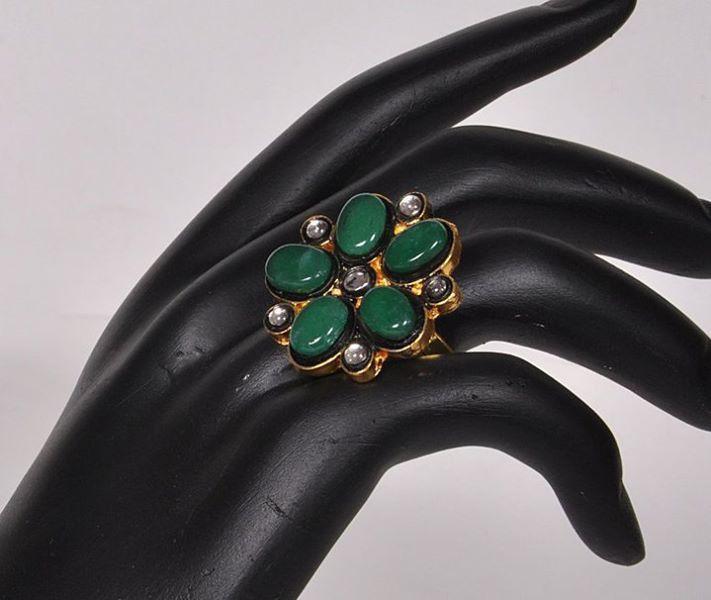Kundan Emerald Stone Ring