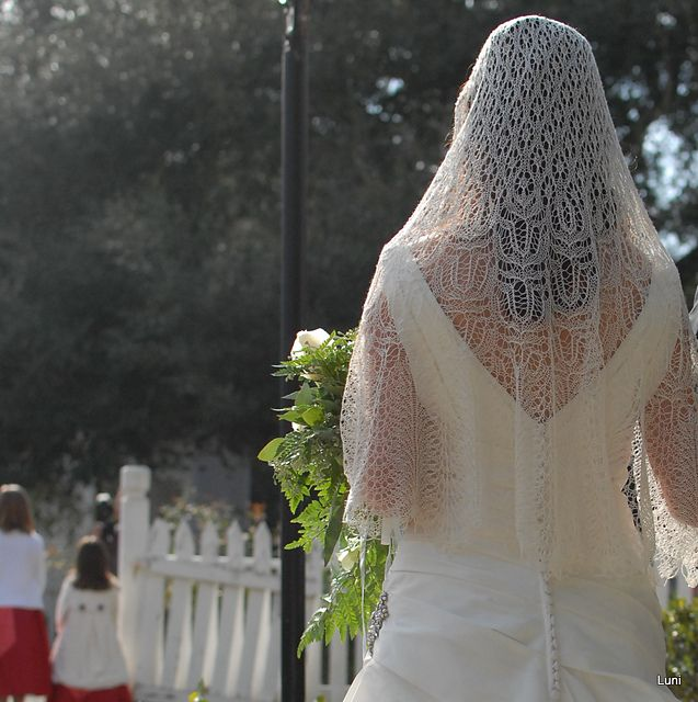 a knit wedding veil - the ultimate in lace knitting