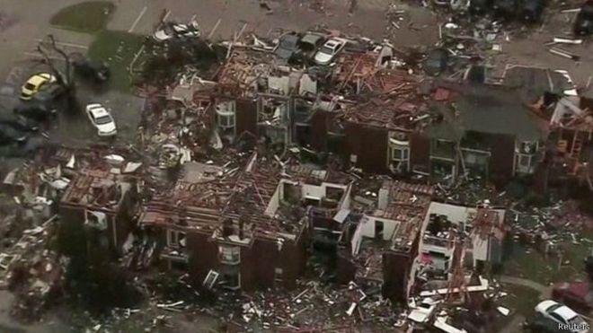Angin topan yang disertai badai dan banjir di selatan Amerika Serikat selama sepekan terakhir telah memakan 40 korban tewas.