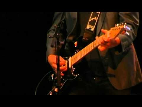 "Paul Kelly playing ""Dumb Things"" (Live Toowoomba, Queensland, Australia 2007)"