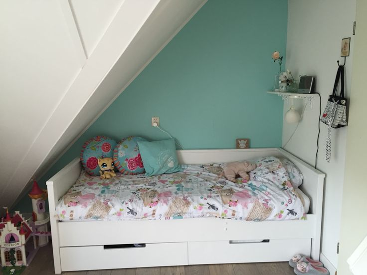 Kamer voor 2 tieners meiden : de zeegroene kant