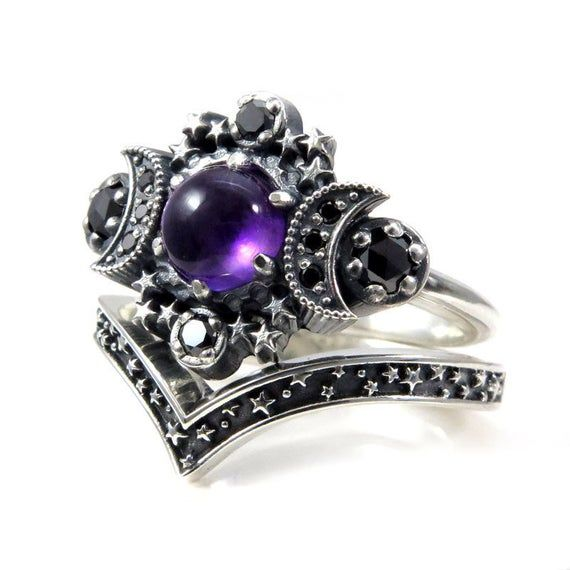 Amethyst Cosmos Moon Engagement Ring With Silver Stardust Etsy Gothic Engagement Ring Amethyst Gothic Wedding Rings