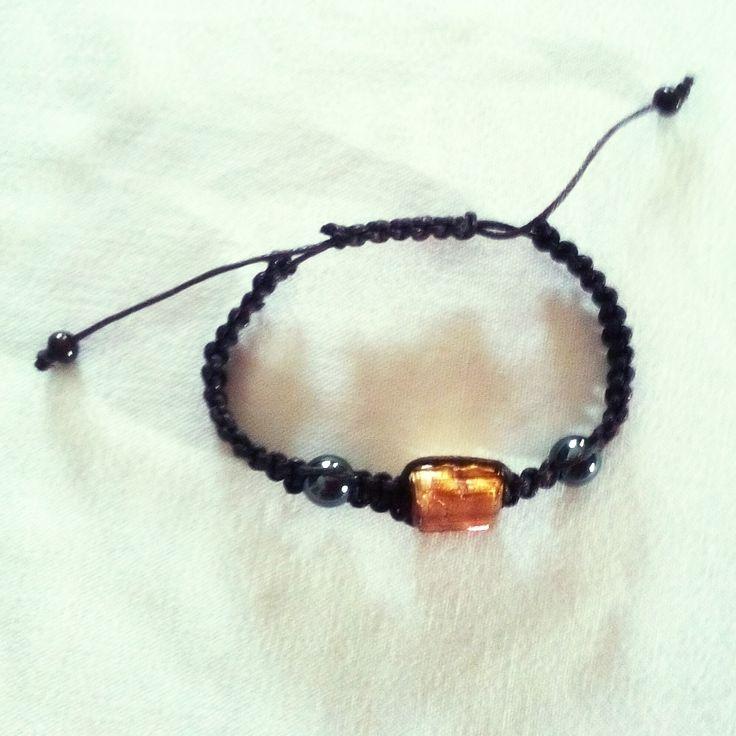 Bracelet shamballa avec perle de verre style Murano et perles hématites. Opale Isis, Christine Monsion