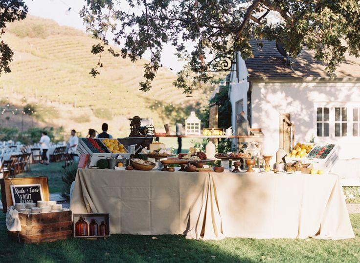 Photography: Caroline Tran - www.carolinetran.net:Vineyard Wedding in California with the Prettiest Colors : https://www.itakeyou.co.uk/wedding/vineyard-wedding-in-california/