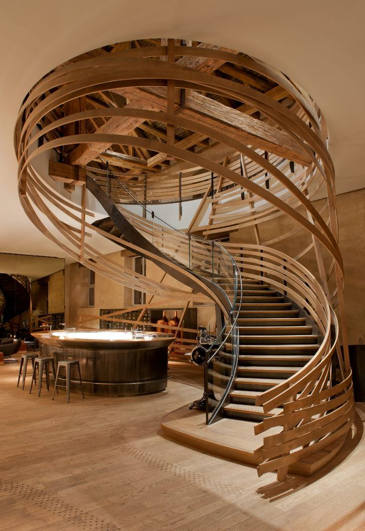Loving the #equestrian elements in this #Strasbourg hotel's #staircase!