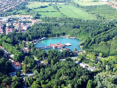 Lake Hévíz (Hévíz, Hungary)