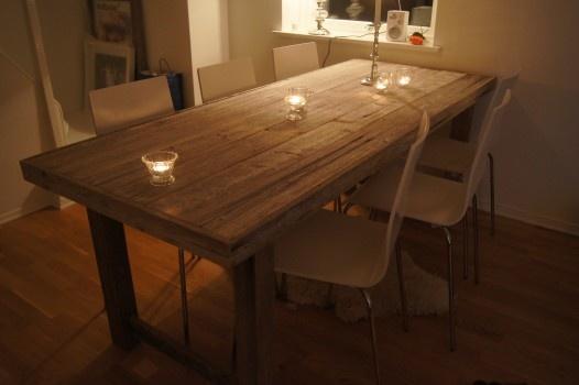 Nydelig spisestuebord fra www.drivved.no
