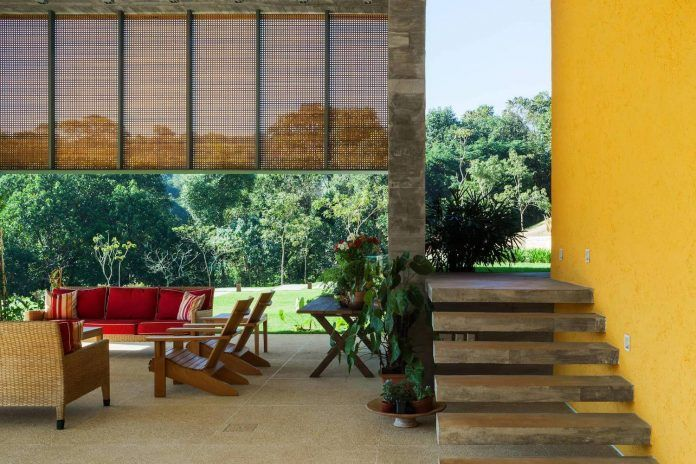 LG contemporary house set adjacent to a beautiful native forest is divided between daytime area and night area - CAANdesign | Architecture and home design blog