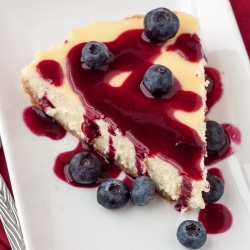 Vanilla Cheesecake with Blueberry Compote