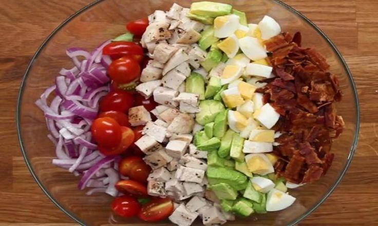 Ça, c'est le genre de salade qui nous rend accros... et vous n'avez rien vu, car sa vinaigrette maison est du tonnerre!