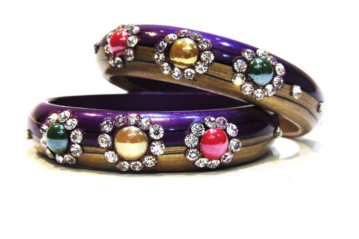 Deal Of The Day .Designer bangles Flat 50% off only 250 Rs. Rajrani's Designer Bangles  FREE SHIPPING | COD AVAILABLE | EASY RETURN Just Click -http://www.rajranibangles.com/detail-designer-bangles-1397.aspx