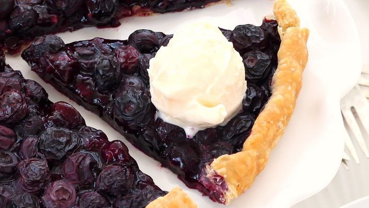 This easy-as-can-be berry tart will be your new simple summer pleasure.