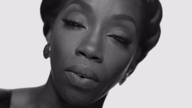 "Estelle | 'Conqueror' [Video]- http://getmybuzzup.com/wp-content/uploads/2014/07/estelle.jpg- http://getmybuzzup.com/estelle-conqueror-video/- Estelle | 'Conqueror' Check out this new video from Estelle for the song titled ""Conqueror"". Be on the lookout for her forthcoming album 'True Romance' due out November 4th. Enjoy this video stream below after the jump. Follow me: Getmybuzzup on Twitter 