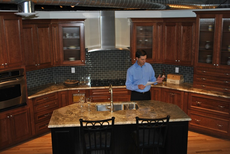 11 best commercial shoot in newly renovated deisgn center for Rosewood home builders