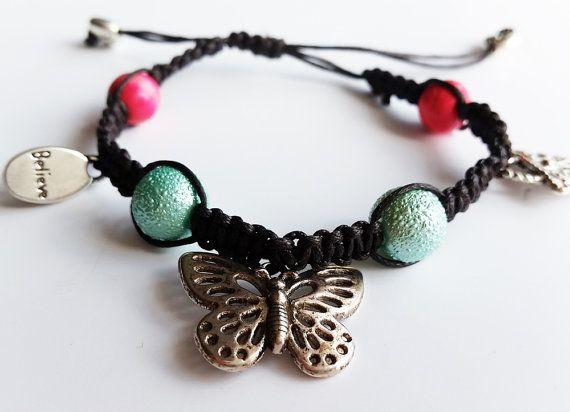 Macrame charm bracelet. Butterfly bracelet. Silver by totesBOHO