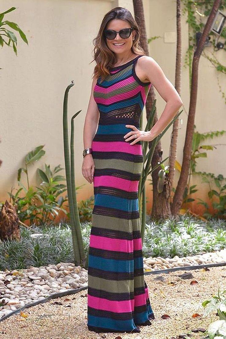 Vestido Tricô Tropical Longo Preto | Galeria Tricot - Galeria Tricot