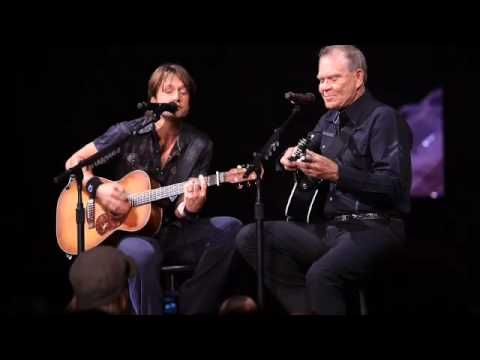 Ketih Urban and Glenn Campbell, that voice, that talent, he can make the guitar sing by itself. Love Glenn