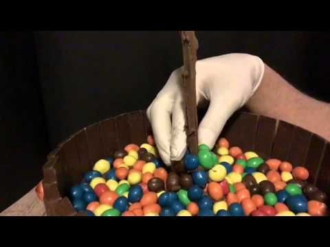 M&M's Torte/ Schwebe Kuchen/ M&M Duplo Torte/ Illusion's Kuchen/ Magic Cake/ - YouTube