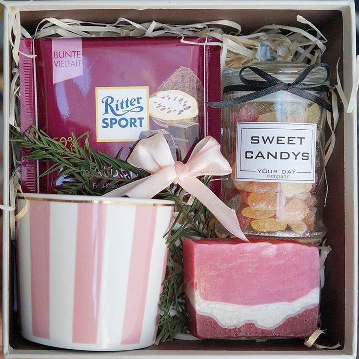 """Милый #giftbox """"SWEET"""" доступен к заказу!!! Составляющие: 1. Чашка 2. Шоколад Ritter Sport 3. Мыло ручной работы 4. Леденцы в баночке +Подарок-сюрприз от нашей команды!!!"""