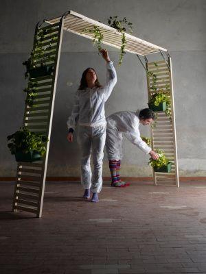 Recession Design: il design fai da te http://idesignme.eu/2013/07/recession-design-il-design-fai-da-te/ #design #green #eco #wood #plants #diy #doityourself #italy #book #projects