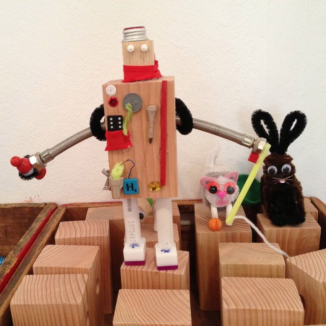 Robots are a popular creation at the Craft Factory
