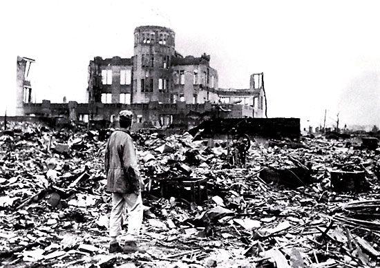Histoire....6 août 1945...Une bombe atomique sur Hiroshima - Frawsy