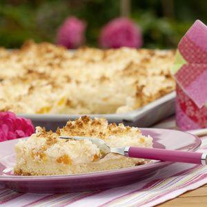 """""""Dieser Kuchen ist der absolute Favorit unserer Gäste"""", erzählt Antje Limbrock aus Lippborg im Kreis Soest. Wenn die Hauswirtschaftsmeisterin von..."""