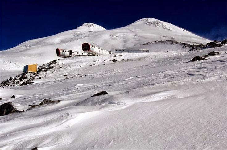 AMAZING PIKCHAZ | STRUCTURES: LEAPrus NEW ALPINE STATION ON MOUNT ELBRUS, RUSSIA
