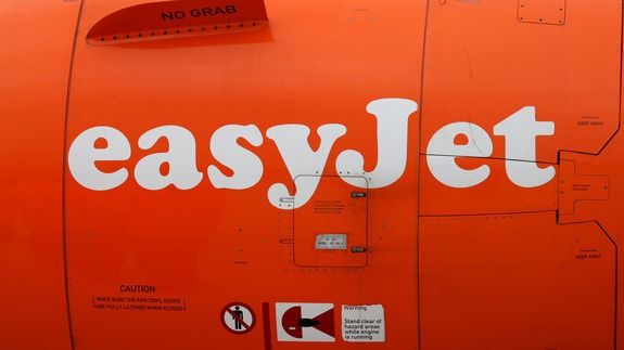 EasyJet plane stopped on runway after passenger sees spanner in the wing