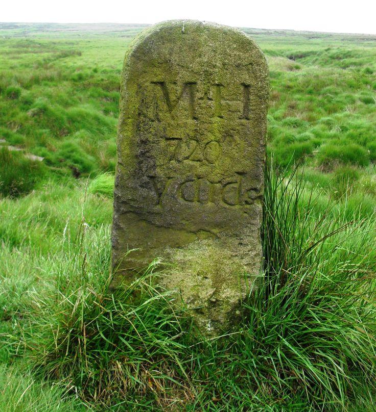 Old Turnpike Road Marker, Marsden Moor, Huddersfield. YKW.  SE 10627 13719