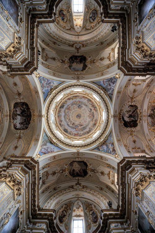 Bergamo Italy :: Cattedrale di Bergamo √  http://en.wikipedia.org/wiki/Bergamo_Cathedral ......... Virtual Tour @ http://cattedraledibergamo.it/virtual-tour