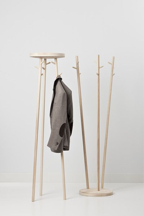 Twist coat rack  (Robert Bronwasser)