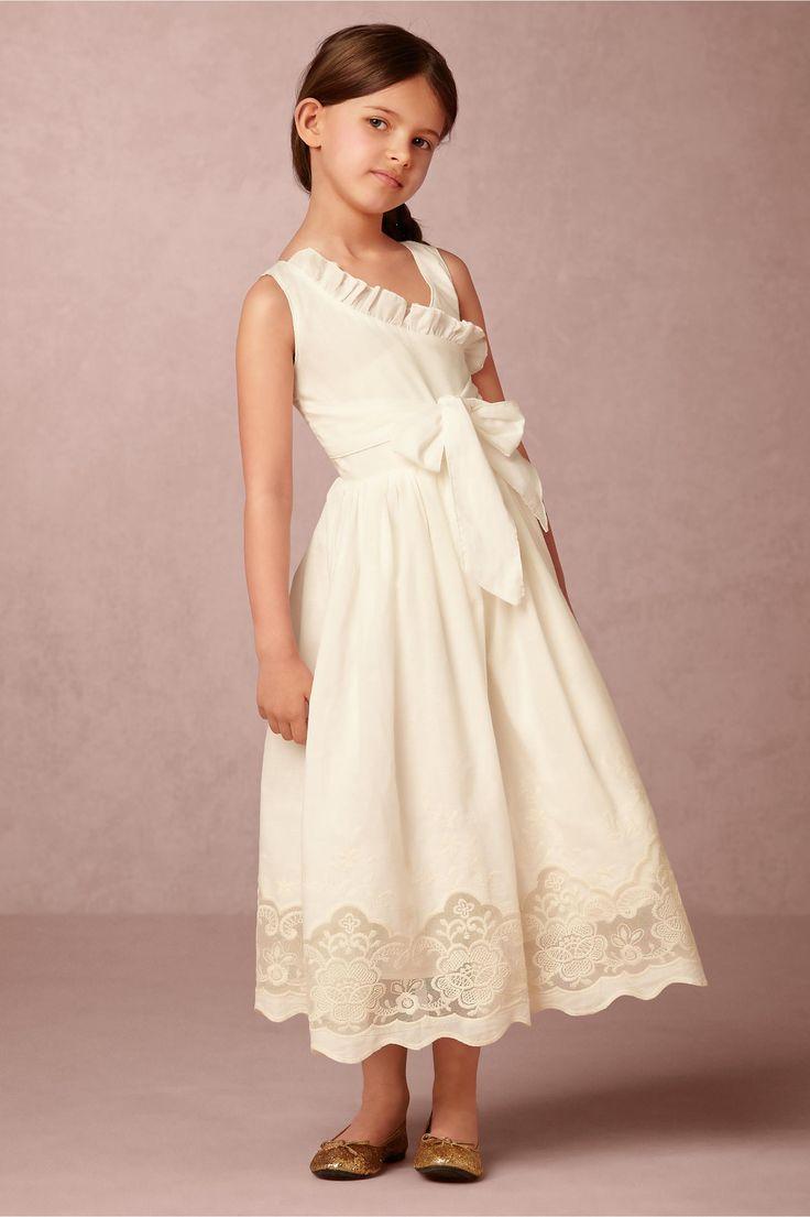 125 best Little Attendants images on Pinterest | Bridesmaids, Flower ...