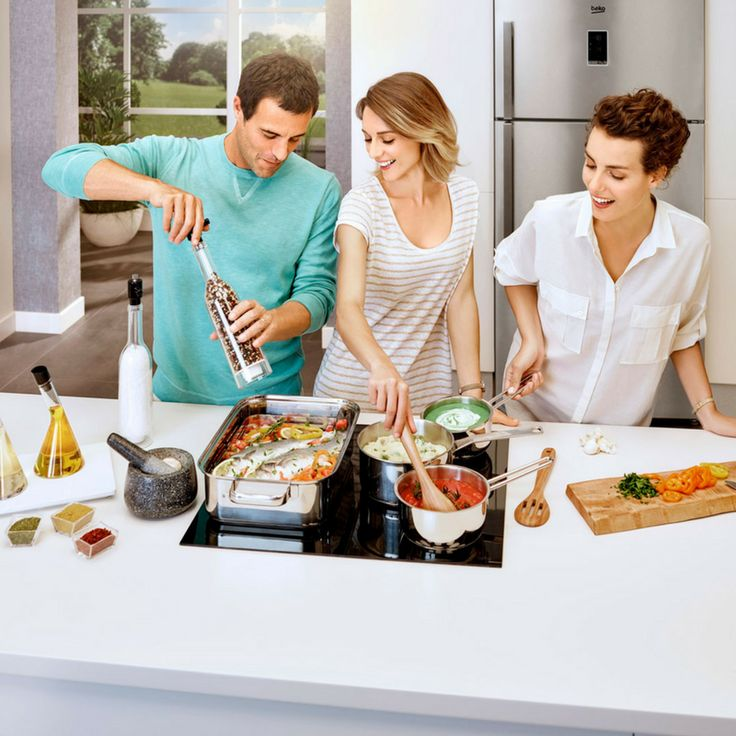 Show-off-cooks often think big is better. Of course, cooking for lots of people on the cooktop could be a squeeze. That's where the flexibility of Beko IndyFlex comes in. It lets you configure the cooktop to suit your needs, letting you merge 2 zones together to create 1 (or 2) big cooking zones as you need them. So whether it's a big pan roasting a whole salmon or a giant dish of spaghetti carbonara, it can sit on the cooktop quite happily.