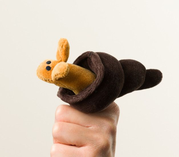 Süße Fingerpuppe in Form einer Schnecke, Kinderspielzeug / toys for children: soft finger puppet, little snail made by Elijas-Handpuppen via DaWanda.com