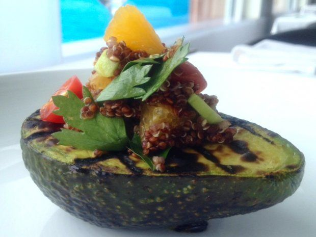 Grilled Avocado With Quinoa Salad Recipe -Vegan grilled avocados are ...