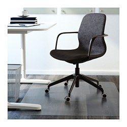 IKEA - LÅNGFJÄLL, Chaise pivotante, Gunnared gris foncé, noir, , Une chaise de bureau ergonomique aux lignes courbes, avec surpiqûres soignées et mécanisme simple d'utilisation dissimulé sous l'assise pour conserver toute l'esthétique.Soutien lombaire intégré qui soulage la tension dans le dos.Garantie 10 ans gratuite. Renseignements complets dans notre livret de garantie.