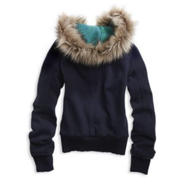 American eagle Fur on the hood is in great condition still Size large  Nice and toasty ❤️❤️❤️❤️❤️❤️❤️❤️❤️❤️❤️❤️❤️ ❤️❤️ ❗️ ALL PURCHASES WILL HELP ME VISIT MY BOYFRIEND OF 3 YEARS! He recently moved 19 hours away to become a cop! THANK YOU EVERYONE!❗️ American Eagle Outfitters Tops Sweatshirts & Hoodies