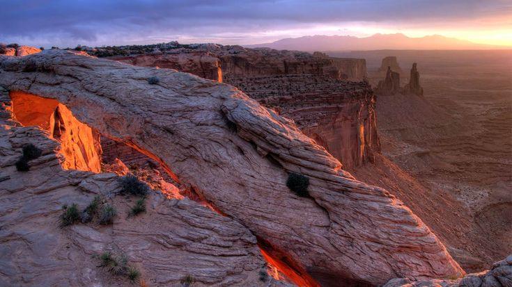 Mesa Arch, Национальный парк Каньонлендс, штат Юта (© Jeff Глина / Тандем Still + движение)