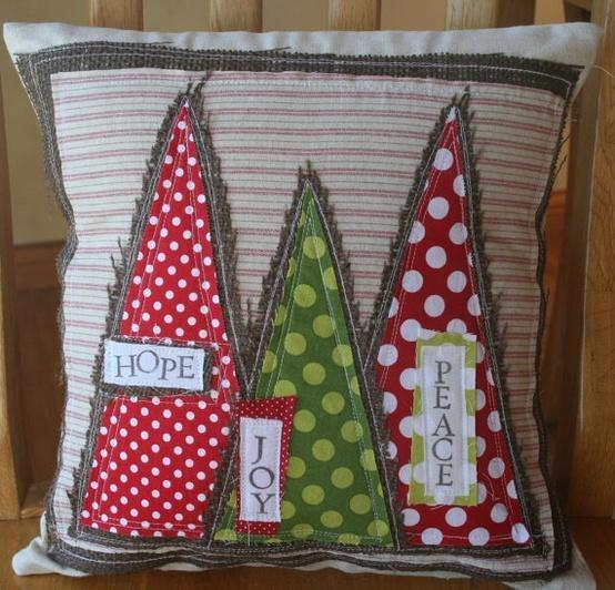Christmas Pillow Applique Patterns: 52 best Christmas Pillow Ideas images on Pinterest   Christmas    ,