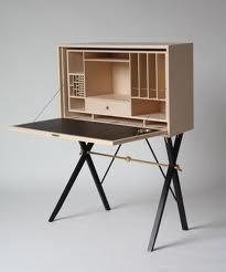 Häftig möbel av Carl Malmsten
