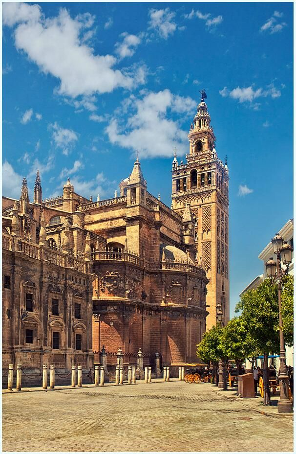 Twitter / SevillaInsolita: ¿Sabíais que en la Catedral ...